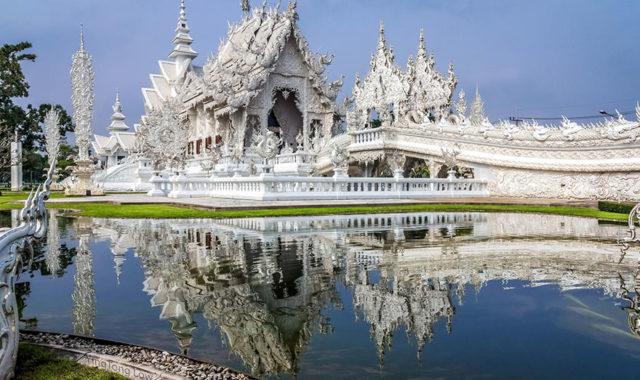 white-temple-thailand-32