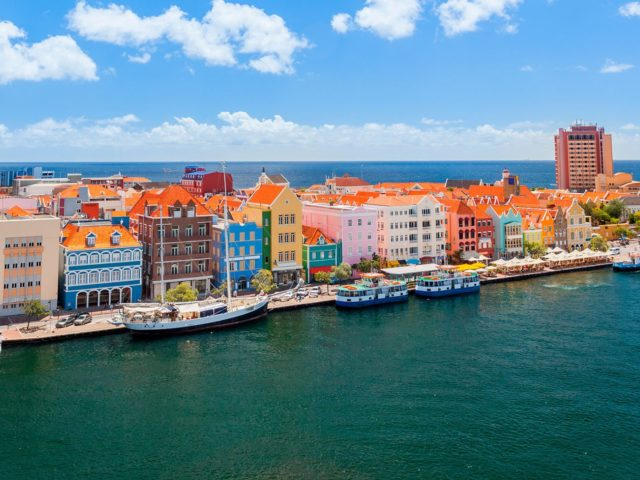 panoramic-view-of-willemstad-curacao